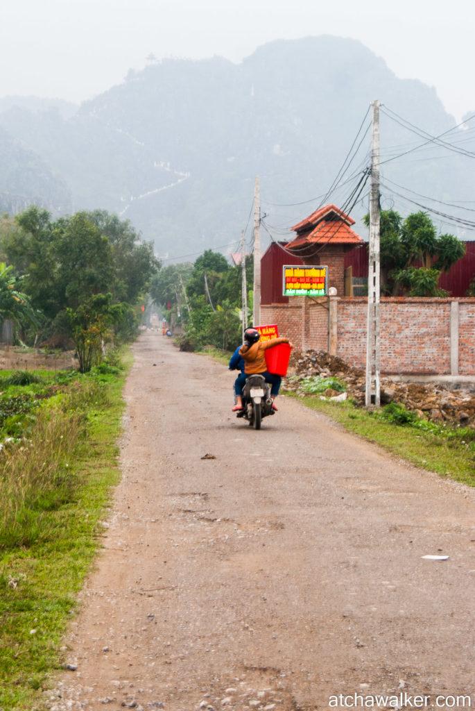 En chemin vers Hang Mua Cave - Ninh Binh