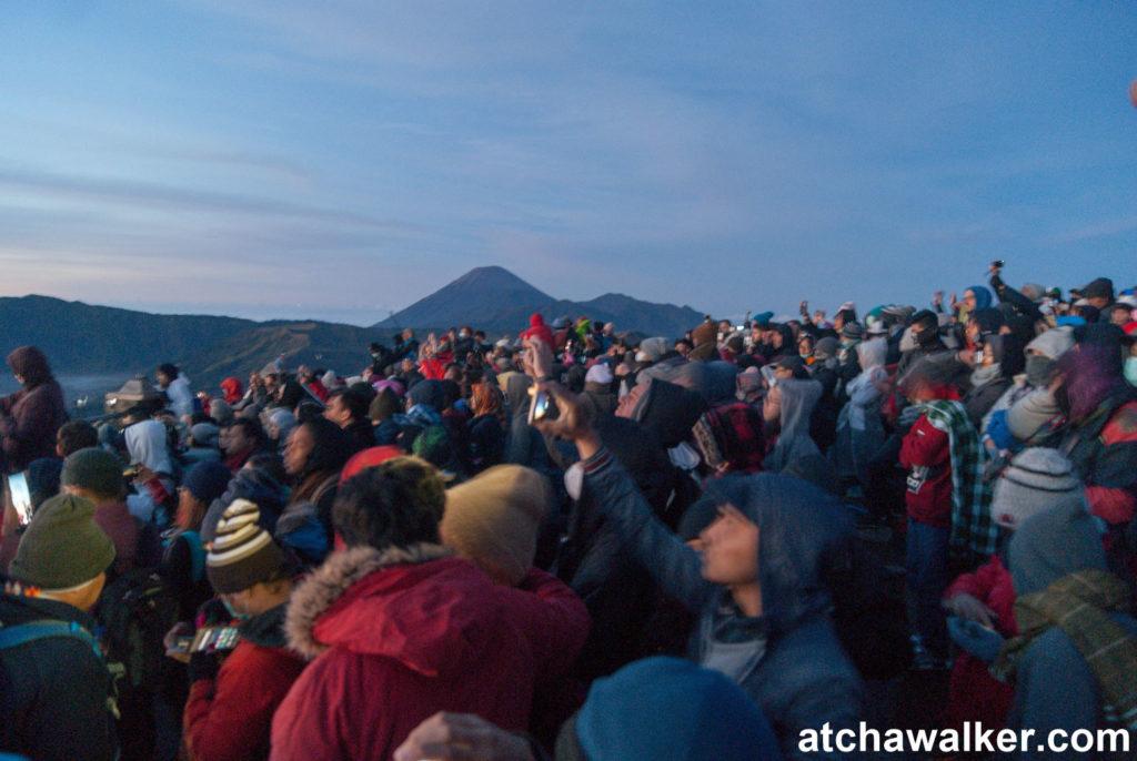 Quand je te dis qu'il y a foule! - Seruni Point - Bromo - Indonésie